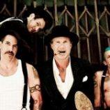 Prvú päťku rebríčka Billboard 200 uzatvára kalifornská štvorica Red Hot Chili Peppers