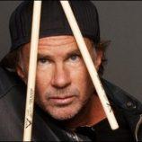 Nový rozhovor s bubeníkom Chadom Smithom pre Billboard.com