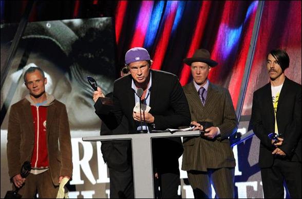 Chad Smith hovorí, že Red Hot Chili Peppers ešte len začínajú