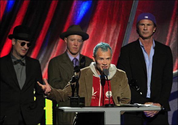 Flea počas príhovoru sa neubránil slzám