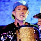 Red Hot Chili Peppers začnú pracovať na novom albume koncom leta, dúfa bubeník Chad Smith
