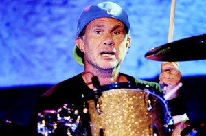 501269-chad-smith-drummer-pearl-jam-617-409[1]