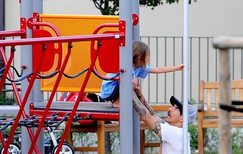 Anthony Kiedis: Na pódiu drsný rocker, v soukromí starostlivý otec