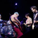 Už v pondelok koncert Red Hot Chili Peppers streamovaný cez internet
