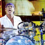 Bubeník Chad Smith na 10. mieste v rebríčku TOP 100 bubeníkov