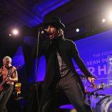 Včerajšie fotky z vystúpenia Red Hot Chili Peppers