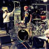 Red Hot Chili Peppers zrejme vydajú album skôr než kapela Dot Hacker