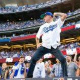 Flea zatancoval na zápase Dodgers