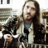 John Frusciante odmieta platiť 75 000 dolárov mesačne ex-manželke