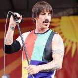 Spevák Chili Peppers včera skončil v nemocnici, koncert zrušený