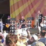 Chad Smith a Josh sa pripojili k Pearl Jam, koncert Chili Peppers o pár hodín!