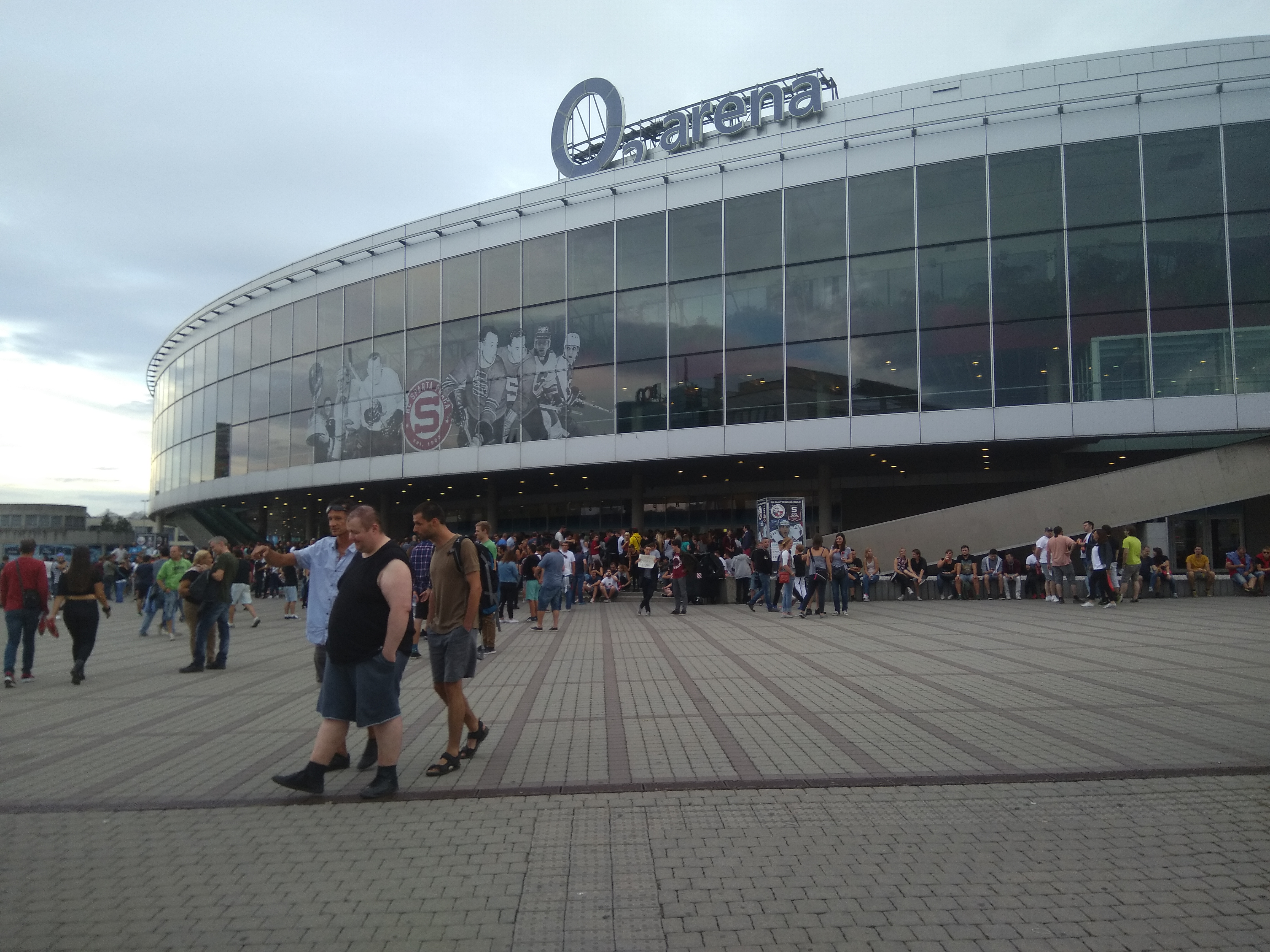 Naše fotky koncertu Red Hotov v Prahe!
